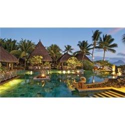 La Pirogue Resort & Spa - Sun Resorts 2018-19